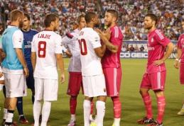 """Pergales JAV šventė """"Roma"""" ir """"Man Utd"""" klubai, S.Keita metė butelį į Pepe (VIDEO)"""