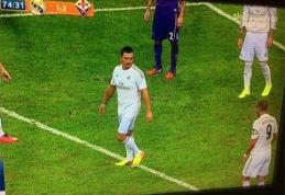 Grandų mače į aikštę pateko C.Ronaldo persirengęs fanas (VIDEO)