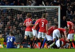 """R.van Persie išplėšė dramatiškas lygiąsias prieš """"Chelsea"""" (VIDEO, FOTO)"""