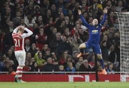 """""""Arsenal"""" namuose neatsilaikė prieš nukraujavusį """"Man Utd"""" (VIDEO)"""