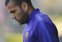 "D.Alvesas pratęs sutartį su ""Barcelona"" klubu"