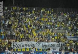 Lenkijos ir Izraelio futbolo fanai sukilo prieš pabėgėlius (VIDEO)