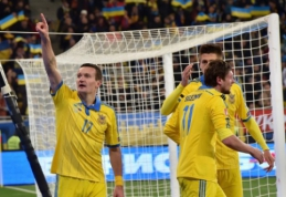 """Prie """"Euro 2016"""" priartėjo Ukraina bei Švedija (VIDEO)"""