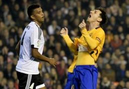 """""""Barcelona"""" prarado taškus Valensijoje, Madrido ekipos mažina atsilikimą (FOTO, VIDEO)"""