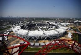 """""""West Ham"""" padidino Olimpinio stadiono vietų skaičių"""