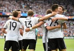 Dominavusi Vokietija nugalėjo Šiaurės Airiją ir C grupėje užėmė pirmąją vietą (VIDEO, FOTO)
