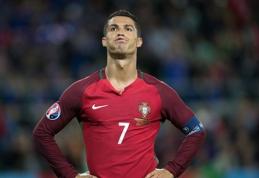Marškinėliais atsisakęs apsikeisti C.Ronaldo pratęsė liūdną statistiką (VIDEO)