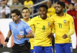 """Peru įvartis ranka eliminavo Braziliją iš """"Copa America"""" (VIDEO)"""