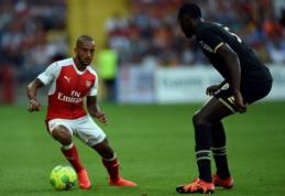 """""""Arsenal"""" pasirengimą sezonui pradėjo lygiosiomis su """"Lens"""" (VIDEO)"""