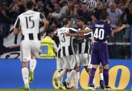 """Serie A: du baudiniai Romoje ir pergalingas G. Higuaino įvartis prieš """"Fiorentina""""(VIDEO)"""