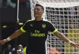 """M. Ozilo agentas užsipuolė """"Arsenal"""" trenerį"""