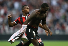 """M. Balotelli išplėšė """"Nice"""" pergalę ir buvo pašalintas iš aikštės, """"Lyon"""" įveikė """"Saint-Etienne"""" (VIDEO)"""