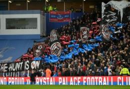 """""""Crystal Palace"""" fanai per klaidą ištepliojo savo komandos autobusą (FOTO)"""