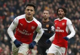 """A. Sanchezo dublis nutraukė """"Arsenal"""" pralaimėjimų seriją, """"Man Utd"""" nukovė """"Watford"""" (VIDEO)"""