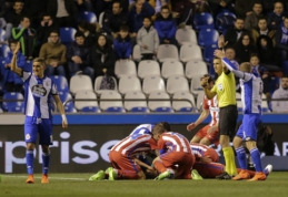 """""""Atletico"""" ir """"Deportivo"""" lygiosios pažymėtos šiurpia F. Torreso trauma, """"Sevilla"""" neatsilieka nuo lyderių (VIDEO)"""