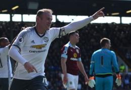"""Nukraujavęs """"Man Utd"""" išvykoje nugalėjo """"Burnley"""", C. Benteke nubaudė """"Liverpool"""" (VIDEO)"""