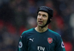 """Čechas po pralaimėjimo """"Tottenham"""" nugrimzdo į naujas žemumas"""