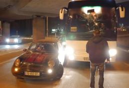 Gruzinas taranavo Lietuvos rinktinės autobusą (VIDEO)