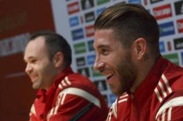 """S. Ramosas apie A. Iniesta: jeigu jo vardas būtų Andresinho, jis dabar turėtų du ''Auksinius kamuolius"""""""