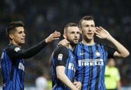 """""""Inter"""" nepaliko vilčių """"Cagliari"""" ir bent laikinai šoktelėjo į trečią vietą (VIDEO)"""