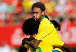 Brazilai pasiruošimą pasaulio čempionatui užbaigė triuškinančia pergale (VIDEO)