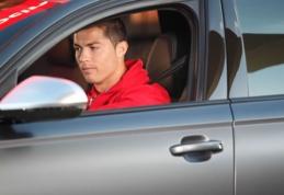 POP: kokius automobilius vairuoja futbolo garsenybės? (FOTO)