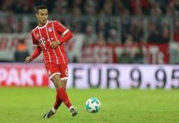 """""""Bayern"""" ir toliau kamuoja traumos: treniruotę praleido Thiago"""