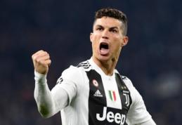 """F. Capello: """"Futbole yra trys genijai, ir Ronaldo nėra vienas jų"""""""
