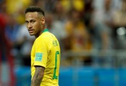 Iš Neymaro atimtas Brazilijos rinktinės kapitono raištis