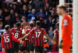 """Dvi raudonas korteles užsidirbęs """"Tottenham"""" per pridėtą laiką krito prieš """"Bournemouth"""""""