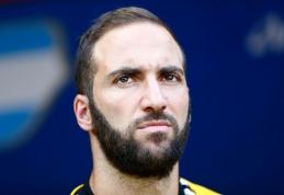"""""""Juventus"""" bando atsikratyti G.Higuainu"""