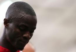 """Man Utd"" ilgam neteko E. Bailly: gynėjas gulsis ant operacinio stalo"
