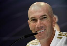 Į rinką daugiau nebesižvalgantis Z. Zidane'as užsiminė apie J. Rodriguezo ir G. Bale'o ateitį