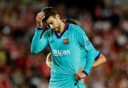 """Barcelona"" ekipą purto nesutarimai"