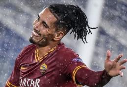 """""""Roma"""" pasiūlė """"Man Utd"""" pratęsti Ch.Smalingo nuomos sutartį"""