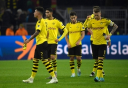 """Trijų įvarčių deficitą panaikinusi """"Borussia"""" išplėšė tašką mače su autsaideriais"""
