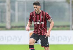 """Oficialu: """"Milan"""" ekipoje neatsiskleidęs M. Caldara grįžta į """"Atalanta"""""""