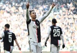 """Įvarčius štampuojantis C. Ronaldo atvedė """"Juve"""" į dar vieną pergalę, """"Lazio"""" sutriuškino SPAL"""