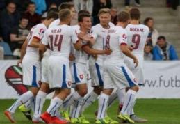 Olandija patyrė eilinį fiasko, Čekija – Europos čempionate (VIDEO, + visi rezultatai)