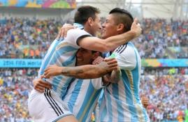 L.Messi vedama Argentina palaužė Nigerijos futbolininkus, bosniai čempionatą užbaigė pergale prieš Iraną (VIDEO)
