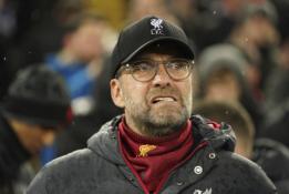 """J. Kloppas: būtų nesąžininga atimti titulą iš """"Liverpool"""""""