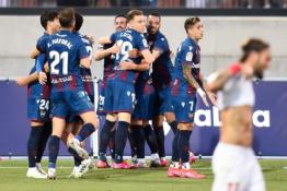 """""""Levante"""" mačo pabaigoje atėmė taškus iš """"Sevilla"""""""