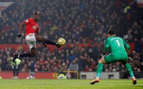 """G. Neville'as tiki, kad P. Pogba gali padėti """"Man Utd"""" kovoti dėl """"Premier"""" lygos trofėjaus"""