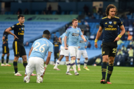 """Mančesteryje – košmariškas D. Luizo pusvalandis, šiurpi E. Garcia trauma ir """"Man City"""" pergalė"""
