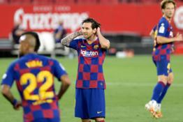 """""""Real"""" sulaukė dovanėlės – """"Barca"""" neįveikė """"Sevilla"""" futbolininkų"""