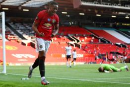 """Lengva """"Man Utd"""" pergalė pažymėta pirmuoju A. Martialo """"hat-tricku"""" Anglijoje"""