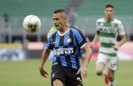 """Inter"" bandys nusipirkti A. Sanchezą"