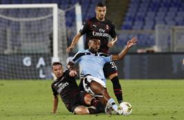 """Intriga Italijoje blėsta: """"AC Milan"""" sutriuškino """"Lazio"""" ekipą"""