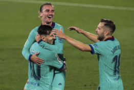"""""""Barca"""" neturėjo didesnių problemų su """"Villarreal"""""""