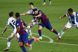 """""""Barcelona"""" pasiuntė """"Espanyol"""" ekipą į antrąją Ispanijos lygą"""
